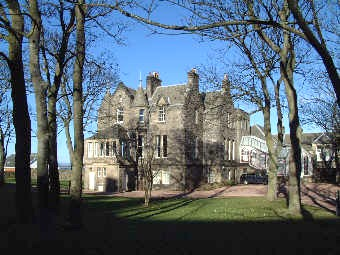 St Mary College >> St Andrews University